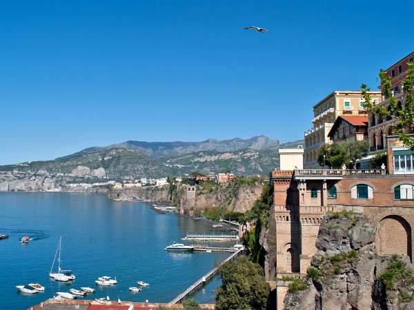 How to Travel from Naples to Sorrento