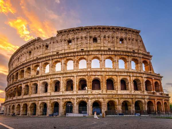How to Travel from Naples to Rome