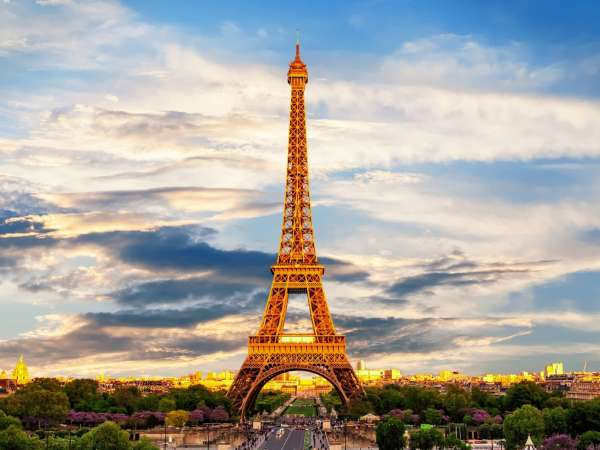 How to Travel from Paris to Normandy