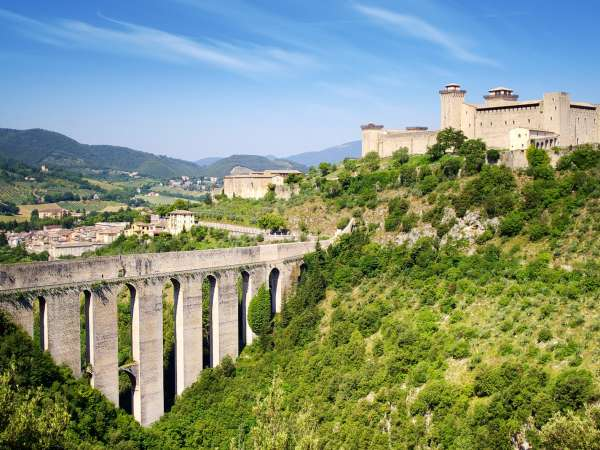 How to Travel from Spoleto to Rome