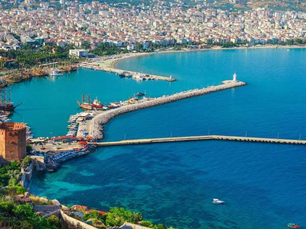 How to Travel from Antalya airport to Alanya