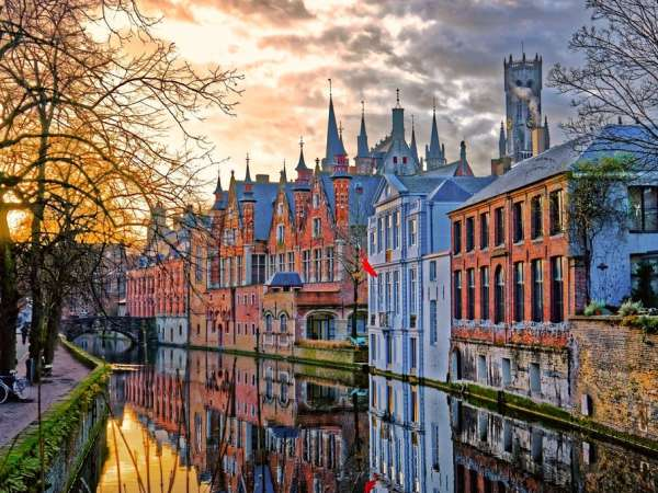 How to Travel from Brussels to Bruges?