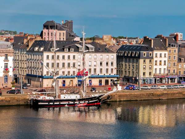 How to Travel from Paris to Cherbourg?